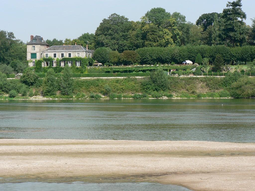Vue de l'autre coté de la Loire
